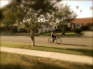 すいか、自転車に乗る