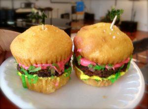 ハンバーガーのカップケーキ