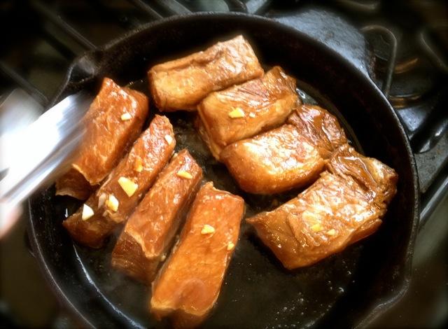 おっさんの〜Braised sweet pork belly 1