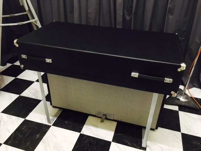 Fender Rhodes Suitcase Piano(1972) 2