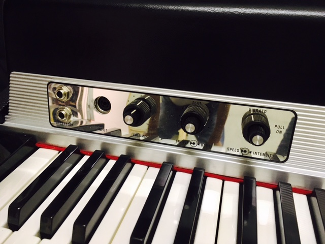 Fender Rhodes Suitcase Piano(1972) 3