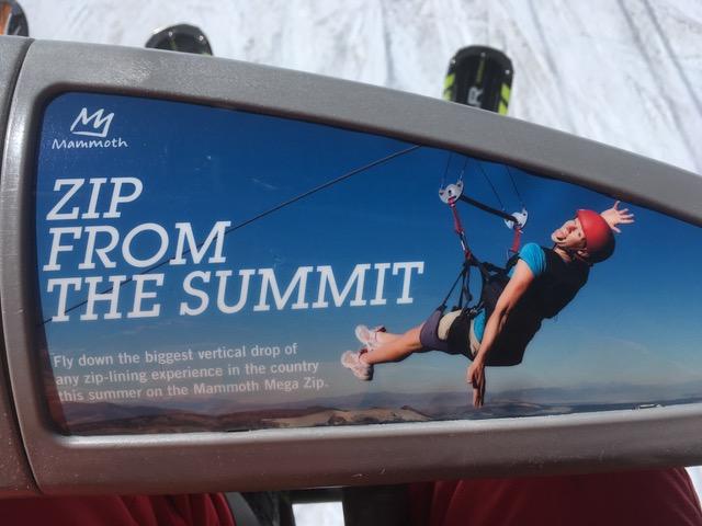 夏季のマンモス山のジップライン(ZIP-LINE)